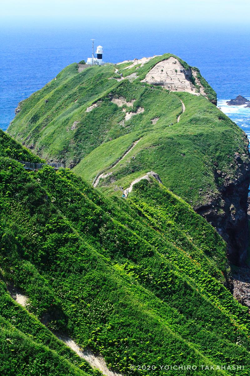 神威岬(かむいみさき)灯台